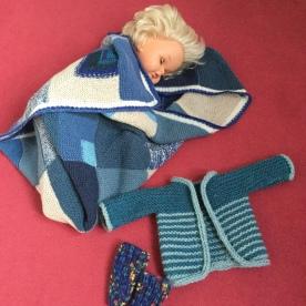 Sperling Babydecke blau Häkelmonster